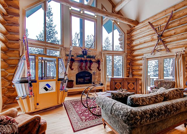 in this mountain cozy great room.
