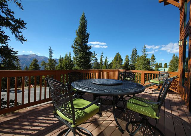 Outdoor Deck Seating with great views!!!