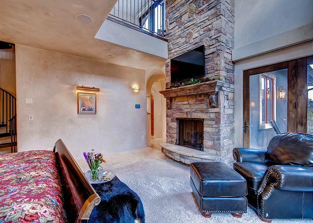 Snowflake Salerno Suite