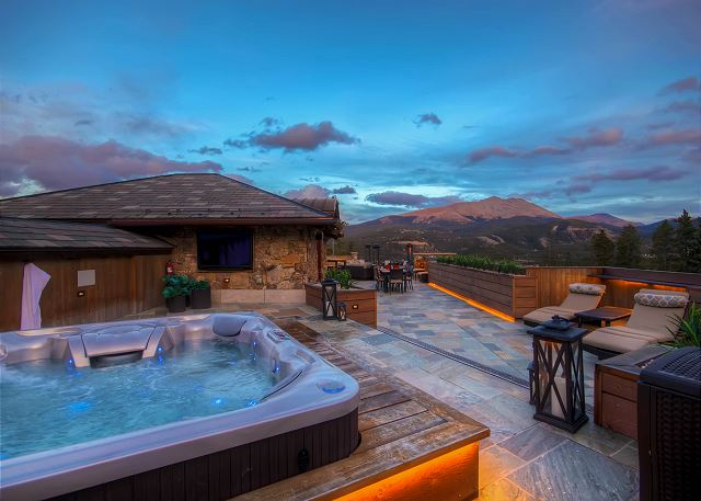 is where you'll find amazing views of Baldy Mountain, private hot tub, gas fire pit and outdoor kitchen!