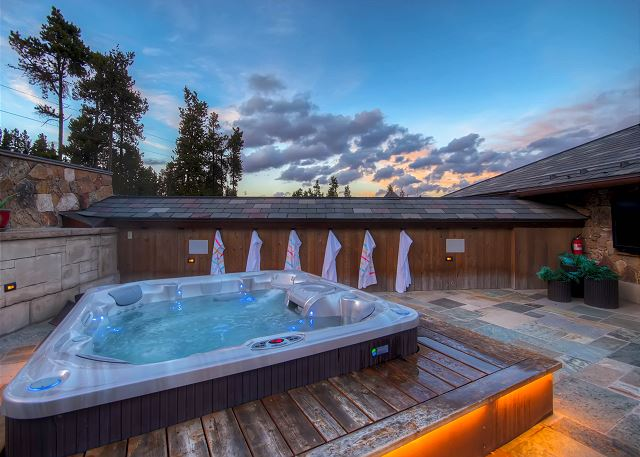 Hot Tub on Rooftop Patio
