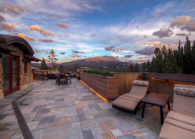 Chateau of Breckenridge Rooftop Patio