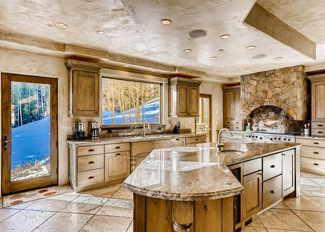 is outfitted professional grade appliances; the 4 O'clock Ski Run sits just outside the doors