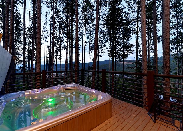 Great Views from the Private Outdoor Hot Tub