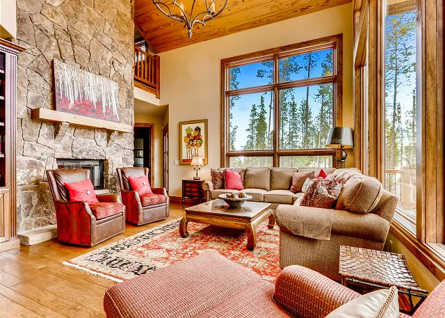 with Gas Fireplace and TV. Relax and enjoy mountain views, tasteful decor, and open space.