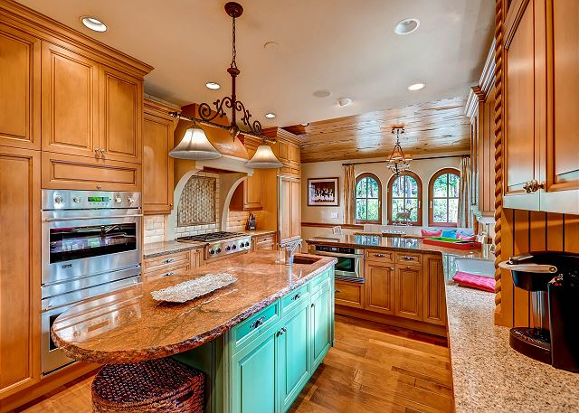 Spacious Kitchen with Six Burner Gas Cooktop, Two Sinks, Two Ovens, Lots of Workspace and Breakfast Nook