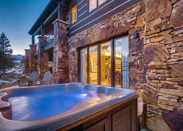 Relax and enjoy a private hot tub treatment after a long ski day