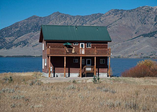 Lake house retreat