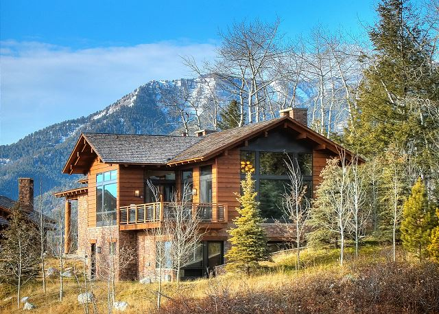 Luxurious townhome in the heart of the Jackson Hole Ski area, ID#222427