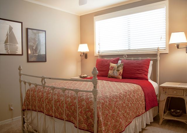 Master Bedroom - spacious with en-suite bath, closet space, and