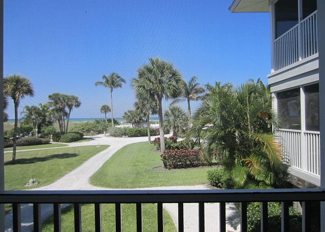 Perfect for two! This Pretty villa with an Awesome View of the Gulf! A3411A