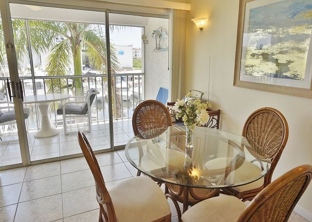 2nd Floor One bedroom with Elevator, Marina view and Pool Access A1221MB