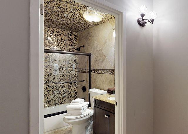 Full Bathroom next to Queen Bedroom