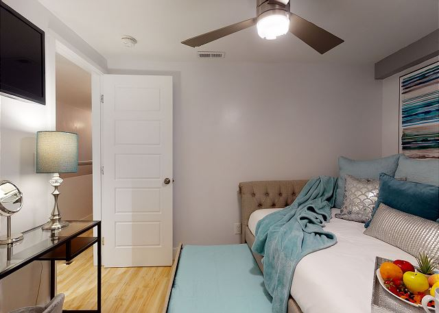 Both Bedrooms Have TVs with Cable & Ceiling Fans