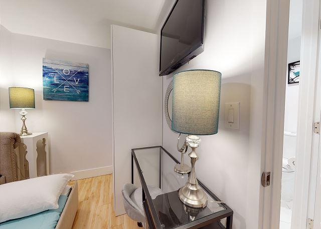Vanity/Desk Area in 2nd Bedroom