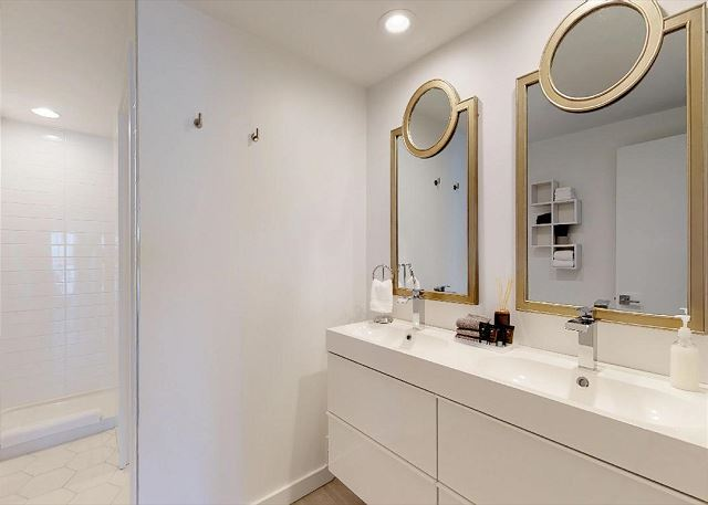 Double Vanity in the Full Bath