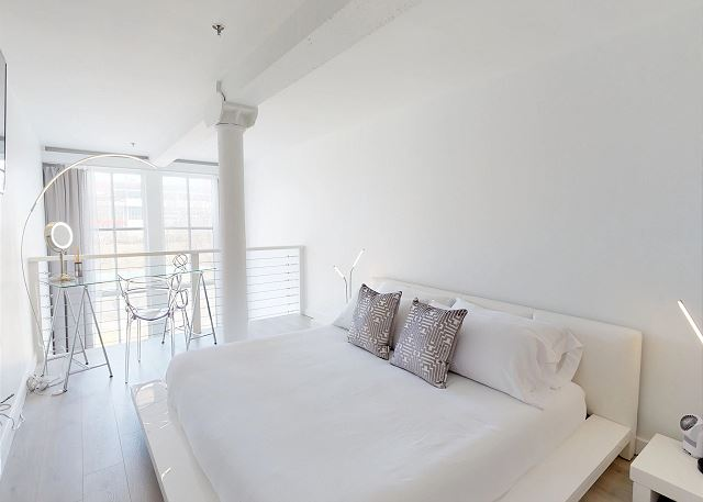 King Bed in the Mezzanine Bedroom
