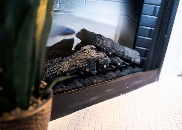 Working Fireplace, So COZY!