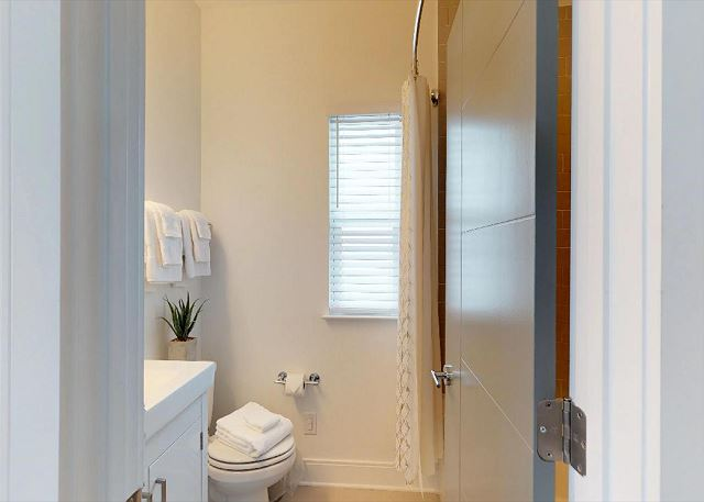 Tub/Shower Combination and Plush White Towels!