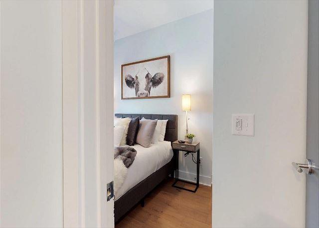 2nd Bedroom Also has Queen Bed