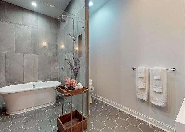 Beautiful  Spacious Master Bath with Walk In Shower and Separate Tub