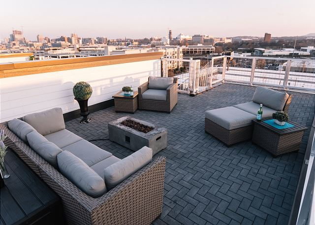 And Up to the TOP Roofdeck!