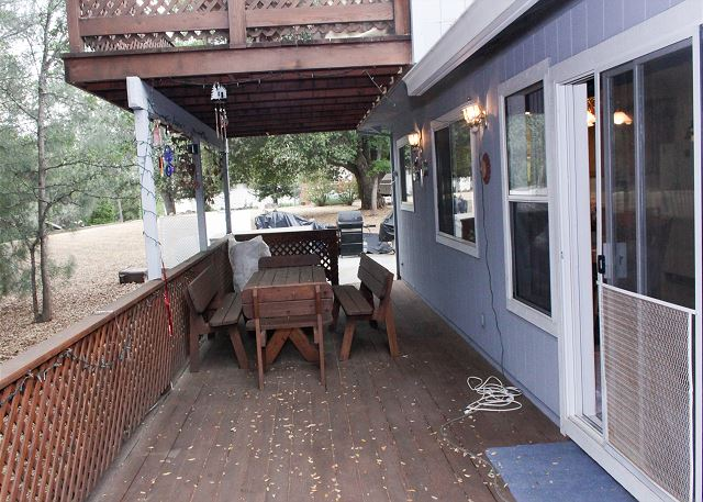 Outdoor deck seating area