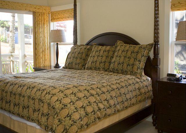 2 Br Garden View Master Bedroom