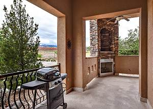 B2 - 3 Bed 2 Bath, Westview lower level Suite