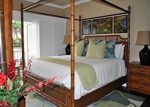 H213  2- Bedroom, 2- Bath Garden Villa