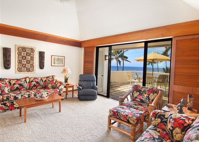 Spacious rooms with cathedral ceiling, koa wood tables