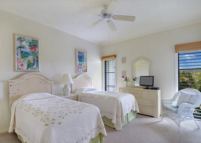 Poipu Sands 333 twin bedroom