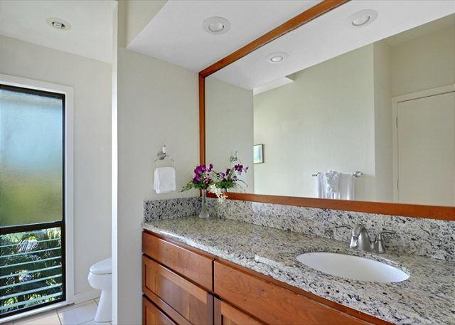 Poipu Sands 333 guest bath