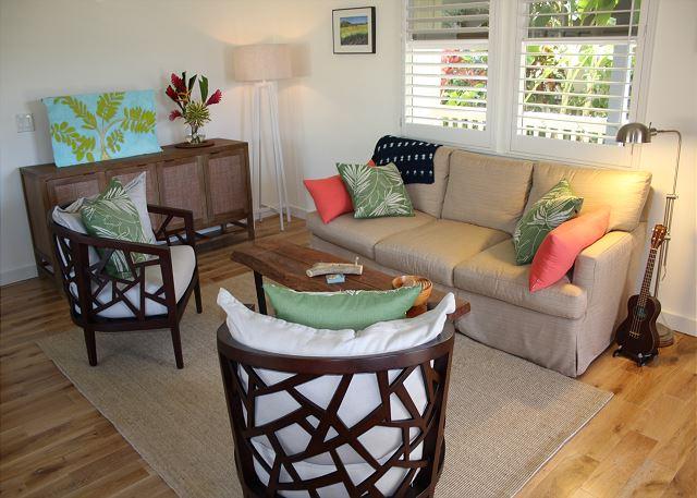Ho'ona Hale comfy living room
