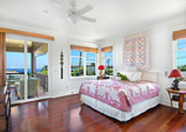 Ho'ohu Nani upstairs ocean view bedroom suite