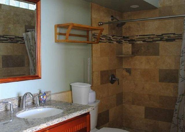 Poipu Shores306A master bath