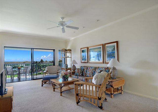 Poipu Sands 333 living room and lanai