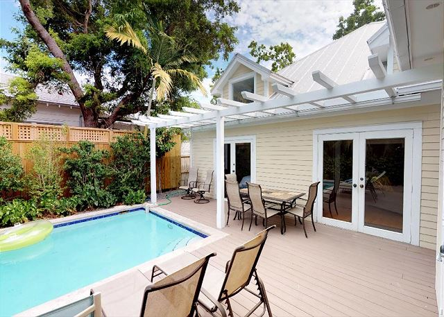 CASA ROYAL - Old Town Monthly Vacation Rental 3 Bed / 3 Bath - Private Pool