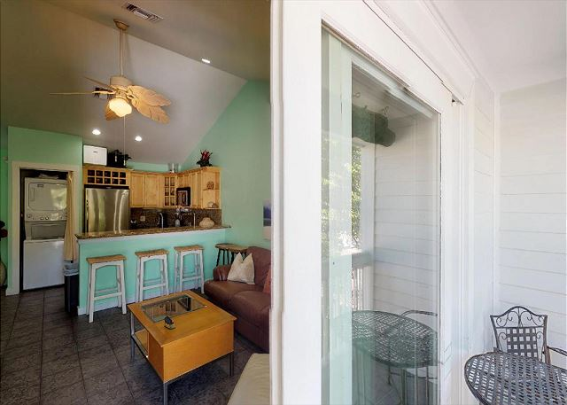 The Duval Roost: 2 Bed / 1 Bath in the middle of Duval Street