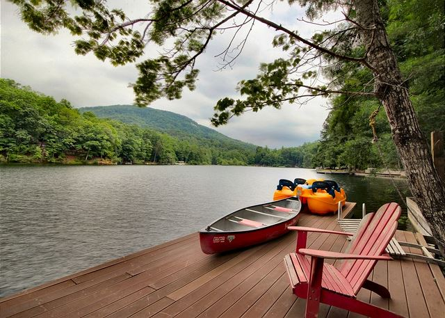 Dock on Bald Mountain Lake at the north end of Lake Lure.  Canoe, paddle boat, paddle boards in this vacation rental home on Bald Mountain Lake in Lake Lure NC