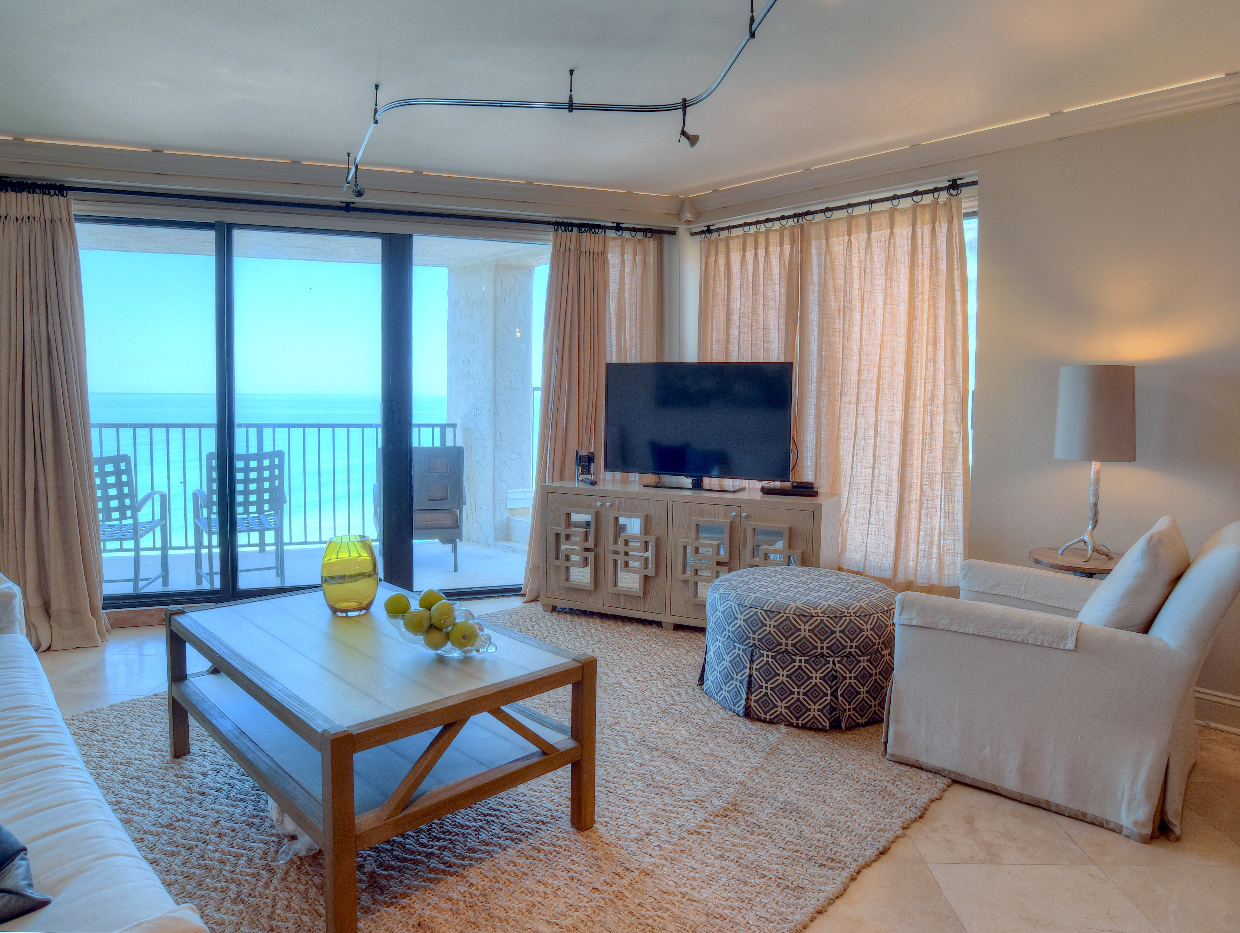 4133 Beachside One | Platinum Vacations