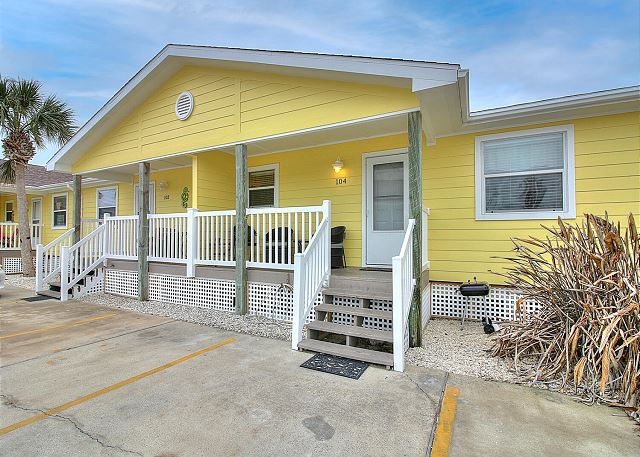 Charming, beach, condo in a great location, with a community pool!