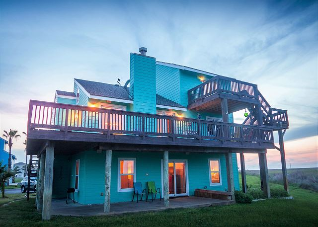 Beautiful ocean views from this home in fabulous Lost Colony!