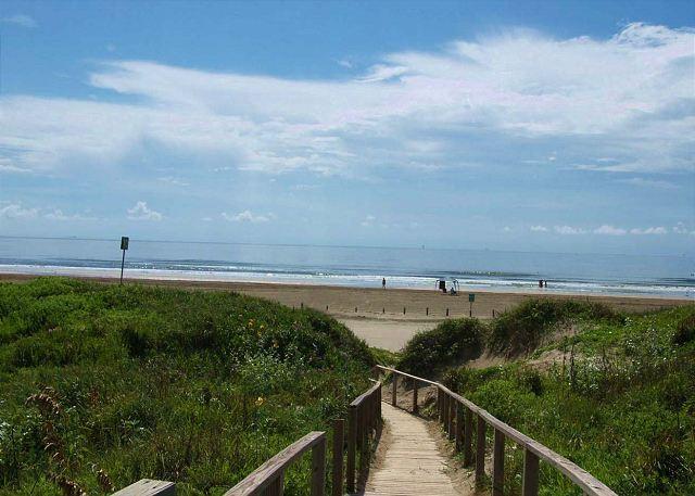 Views, views, views from this beachfront gem! - Port Aransas, Texas