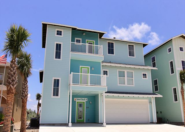 Beautiful, beachfront home! Located in Gulfwaters! Private Pool!