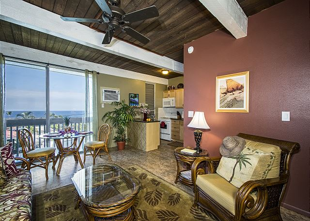 Downtown Kona vacation rentals featuring 1 BR 1 BA downtown ocean view