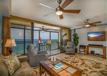 Downtown Kona vacation rentals featuring 1 BR 2 BA downtown ocean front