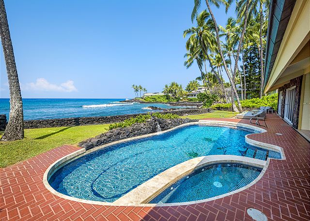 Hawaiian vacation rentals with private pools 2