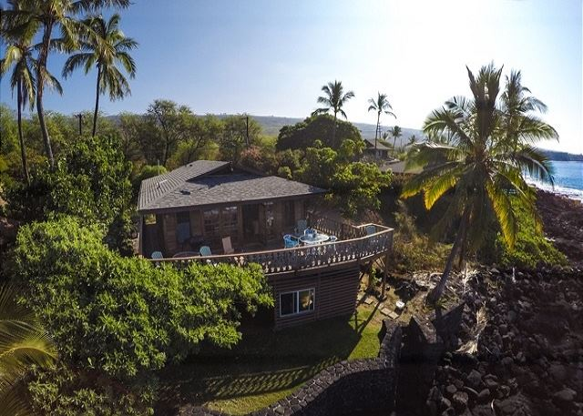 South Kona vacation rentals featuring 2 BR 3 BA ocean front Cottage