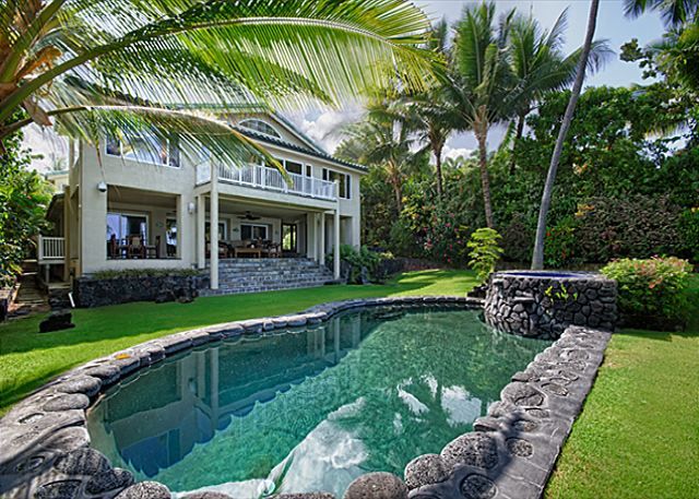 Kailua Kona vacation rentals featuring 5 BR 3 BA spectacular ocean front estate